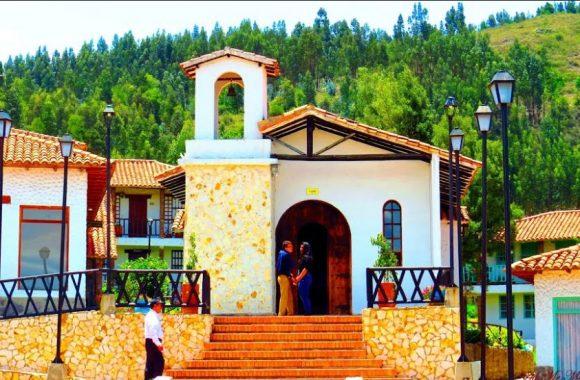 Iglesia del Pueblito Boyacense, atractivo turístico.
